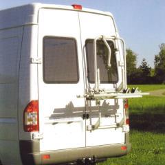 Hliníkový zadný nosič pre oddelené zadné dvere
